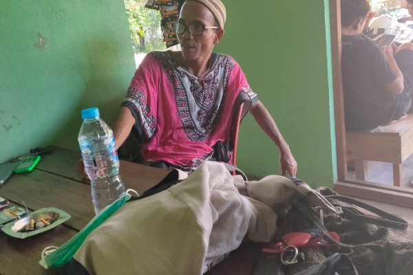 Istimewa: Marsilus Suami Korban Pengeroyokan yang dilakukan keluarga kades Sui Labi