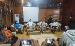 Press release terkait adanya 2 oarng positip corona di kabupaten sintang yang dipimpin langsung oleh Bupati Sintang