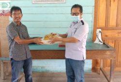 Peduli Kesulitan Warga Dampak Covid -19, Pt PHS Bagikan Sembako